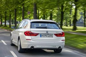 P90258716 highRes the new bmw 5 series.news