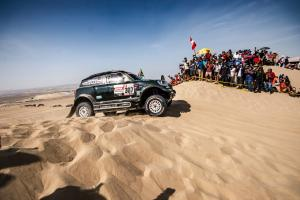 P90335062 highRes 2019 dakar stage 10 .news