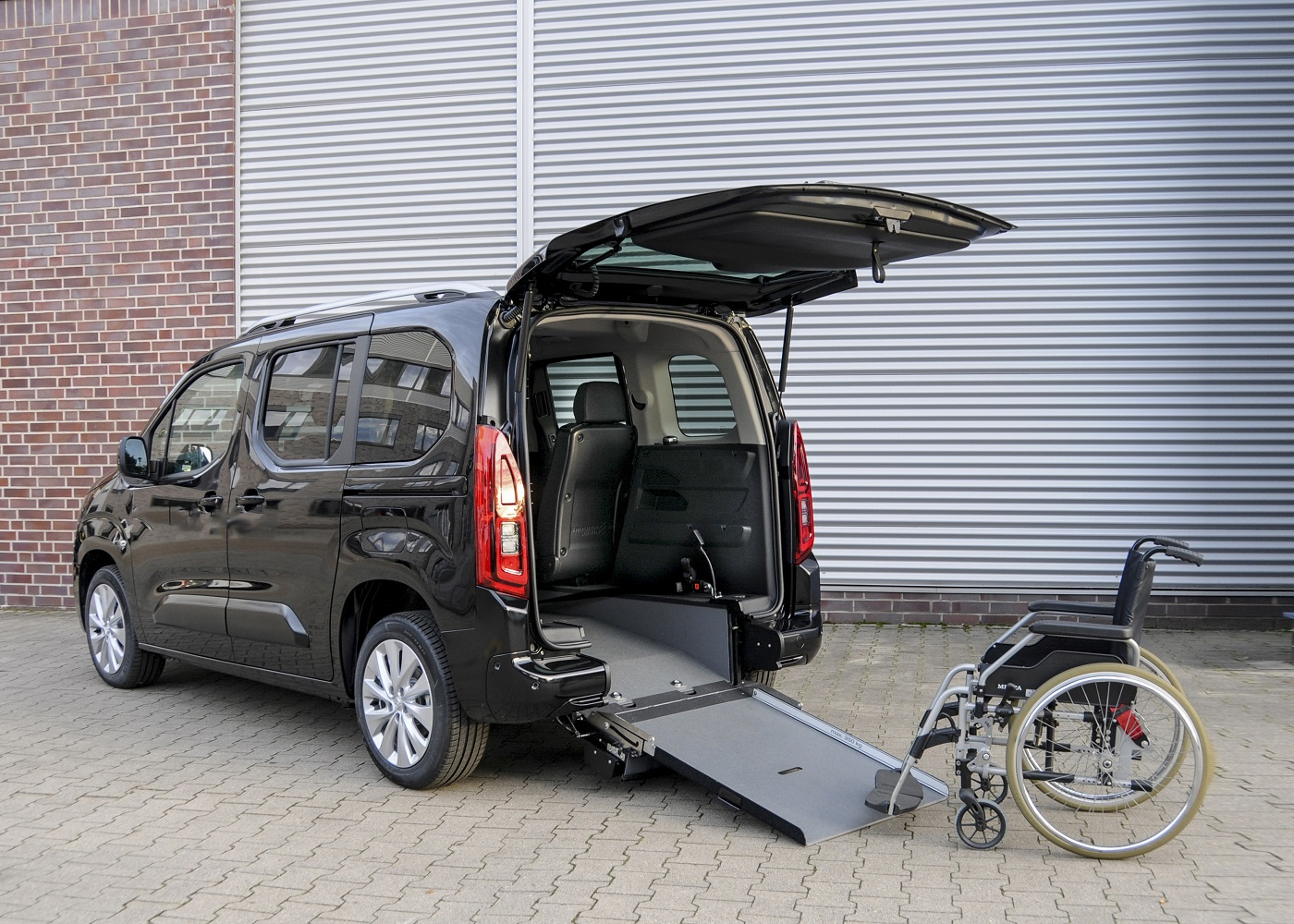 Opel Combo Life Wheelchair Accessibility 506740