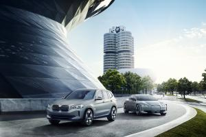 P90301488 highRes bmw concept ix3 and .news