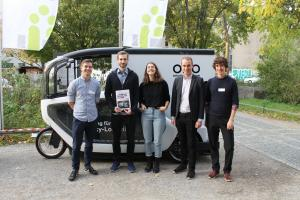 Lastenrad mit Team  c  Philipp B  hme.news