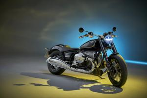 P90386392 highRes the bmw r 18 first e.news